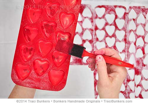 TraciBunkers.com - printed ice cube tray on fabric tutorial-step 1