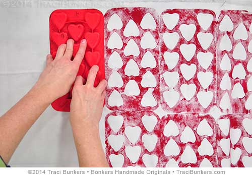 TraciBunkers.com - printed ice cube tray on fabric tutorial-step 2